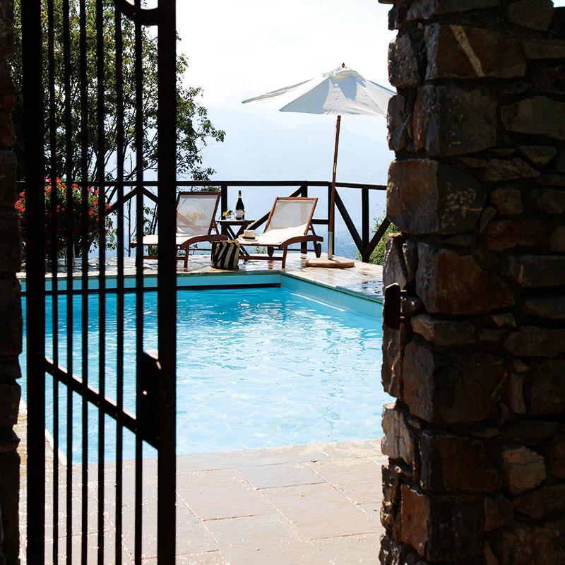 Colletto Villas gate to the pool