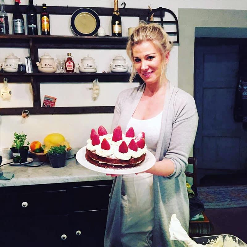 Colletto villas cake
