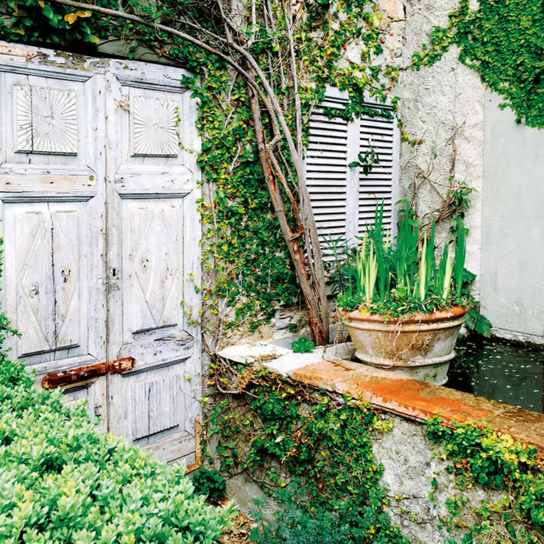 Colletto villas garden